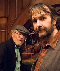 Ian McKellen e Peter Jackson sul set de Lo Hobbit