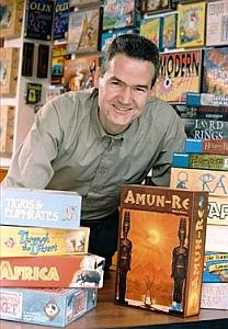 Reiner Knizia, gamewriter e inventore di giochi da tavolo