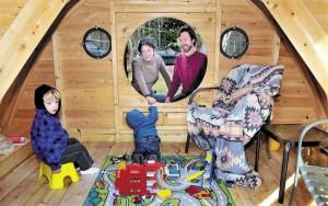 Case Hobbit - 08: la famiglia di Rocy Pillsbury - photo by David Leaming