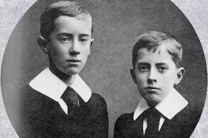 John Ronald e Hilary Tolkien