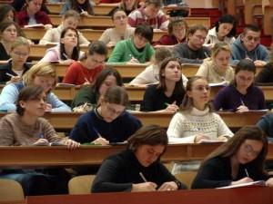 Universitari in aula