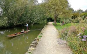 Oxford University Park: sentiero lungo il fiume
