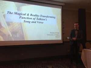 Szymon Pindur - The Magical adn Reality-trasforming fiction of Tokien's song and verse