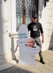 Protesta contro Hirst