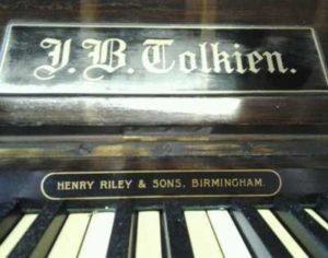 pianoforte JB Tolkien
