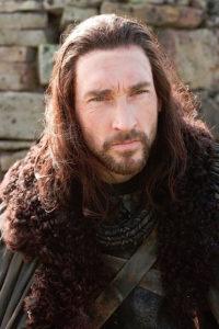 Joseph Mawle è Benjen Stark