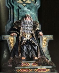 Re Thror sul trono a Erebor